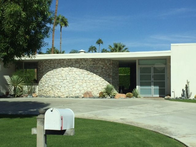 Palm springs mid century modern architecture michelle for Mid century modern residential architecture